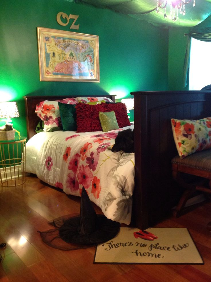 wizard of oz bedroom