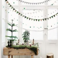 5 Window Decor Ideas For Christmas