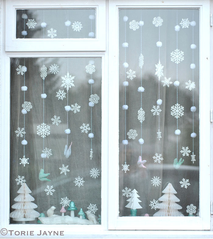 winter-wonderland-window