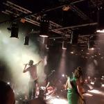 נצ'י נצ' בשוני: מחאפלת ריקודים למטאל עתיר גיטרות