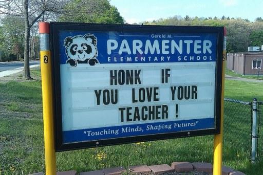 list of ways to show teacher appreciation | ListPlanIt.com