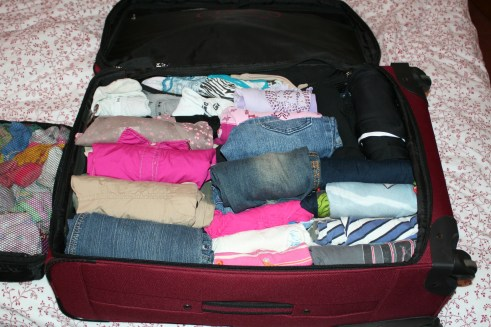 list of steps to packing a suitcase for travel | ListPlanIt.com