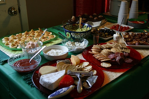 list of food ideas for your super bowl party or get-together | ListPlanIt.com