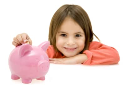 list of ways to teach your children how to budget their own money | ListPlanIt.com