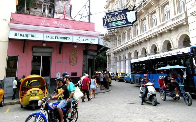 Restaurant Florida. En el interior se encuentra el bar Floridita, uno de los favoritos de Hemingway / Foto: Jaime Tranca