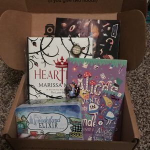 My favorite OwlCrate to date had an Alice in Wonderland theme!