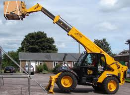 Telescopic Handler Training – Are Official Courses Worth Taking?