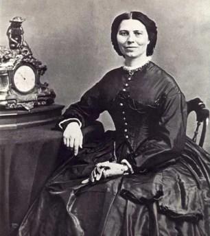 Clara Barton - mujeres famosas de la historia que amaban a los gatos