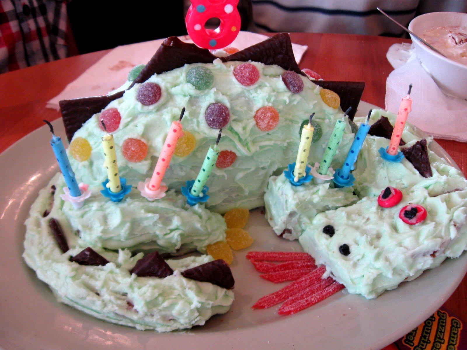 Dragon Cakes Decoration Ideas Little Birthday Cakes