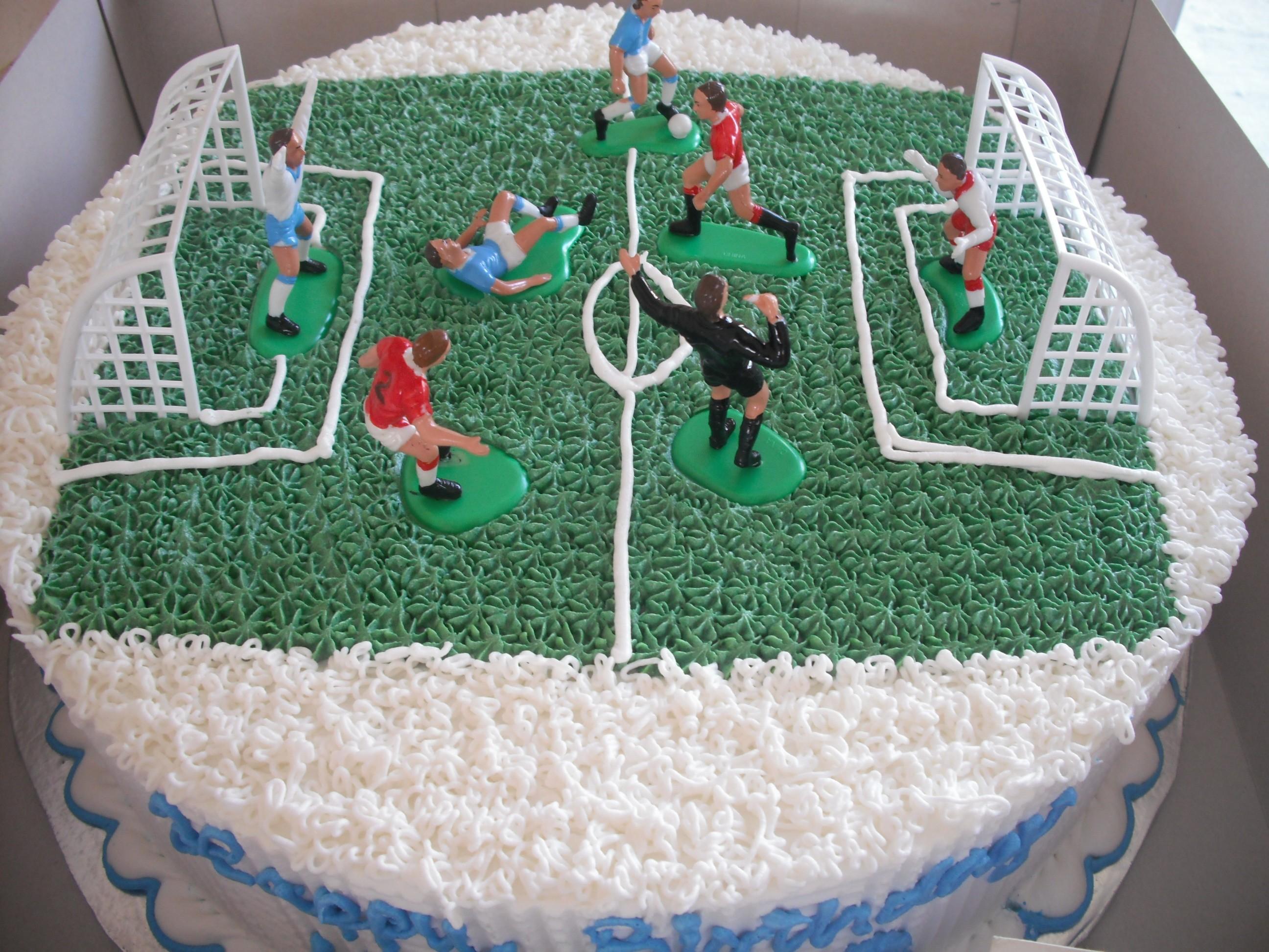 Birthday Cake Decorating Ideas Uk