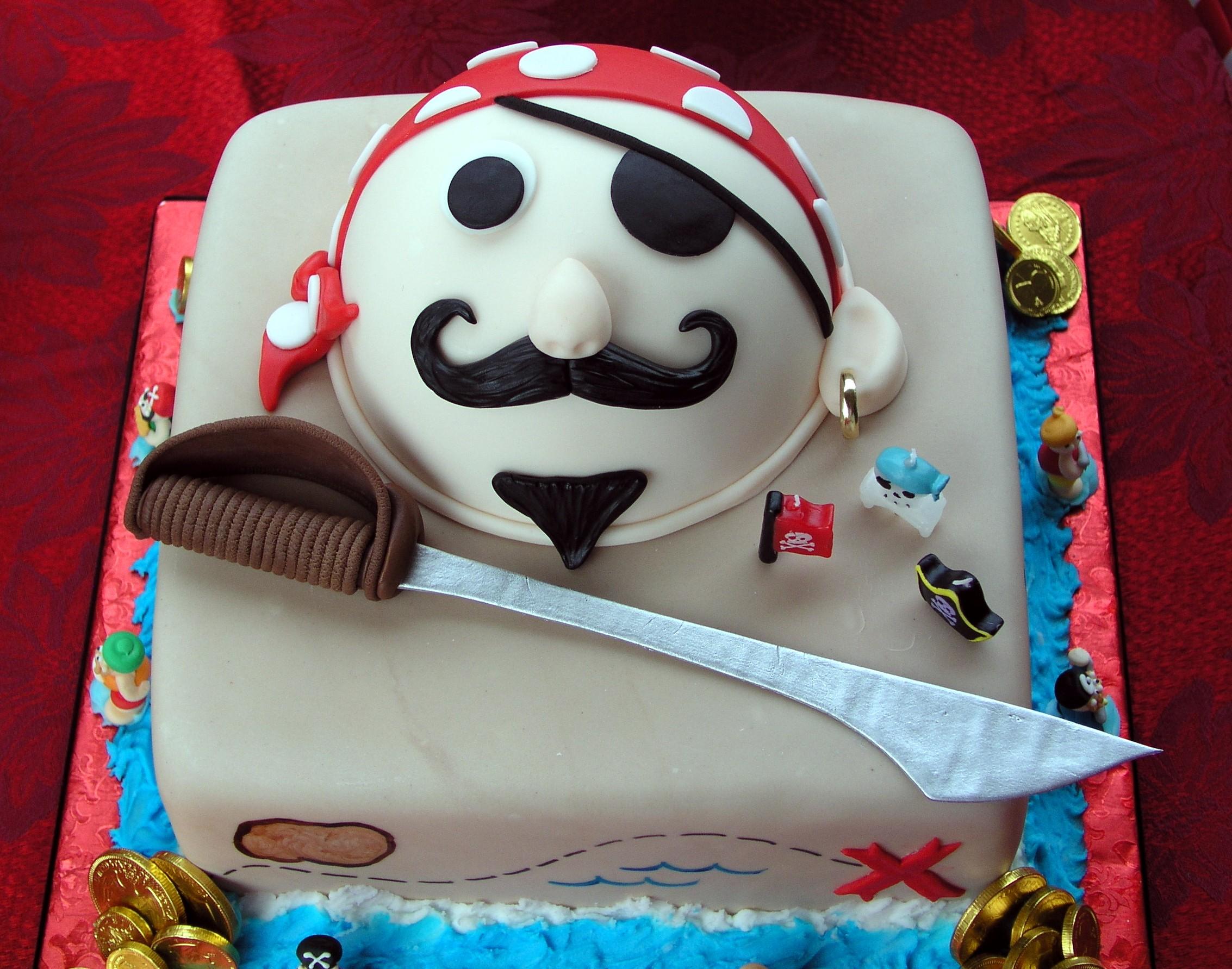 Pirate Cakes Decoration Ideas