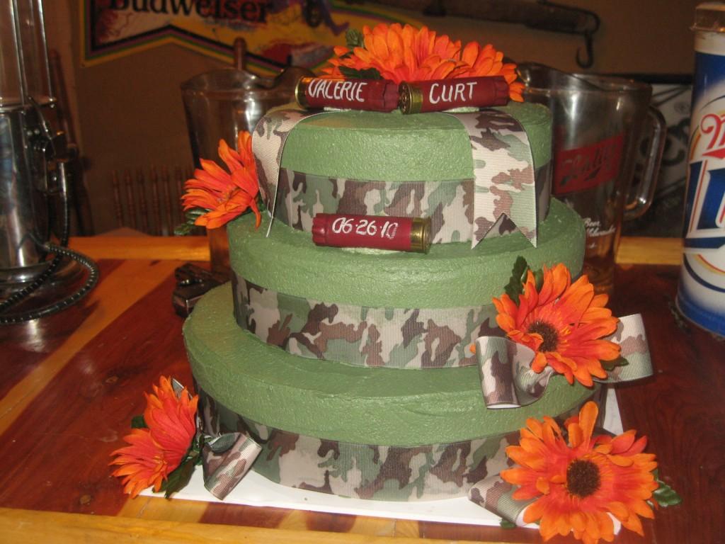 Camo Cakes Decoration Ideas