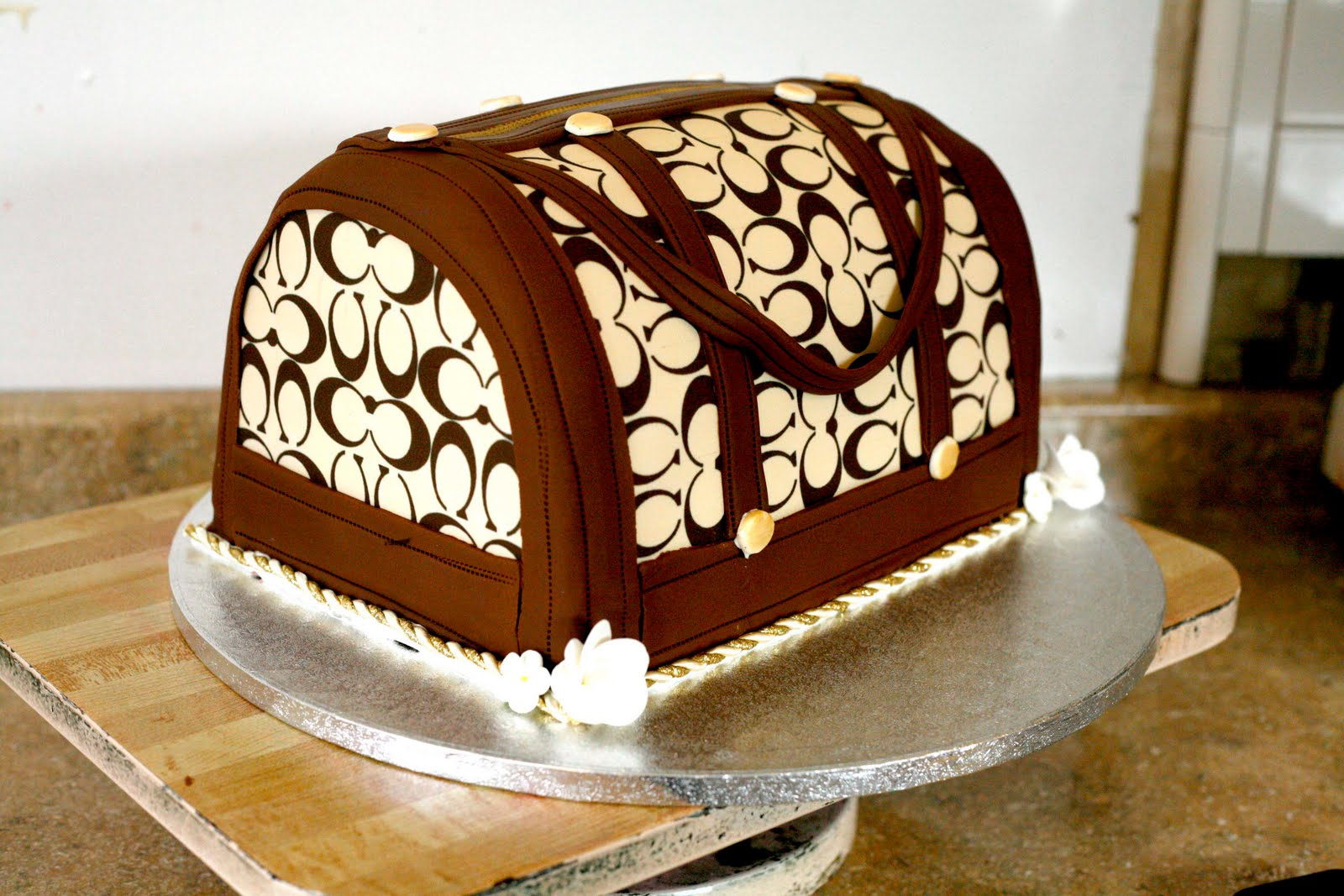 Purse Cakes Decoration Ideas Little Birthday Cakes