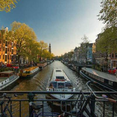 How to get around Amsterdam