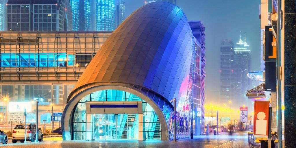 Dubai metro at night | Little City Trips guide how to get around Dubai with Kids