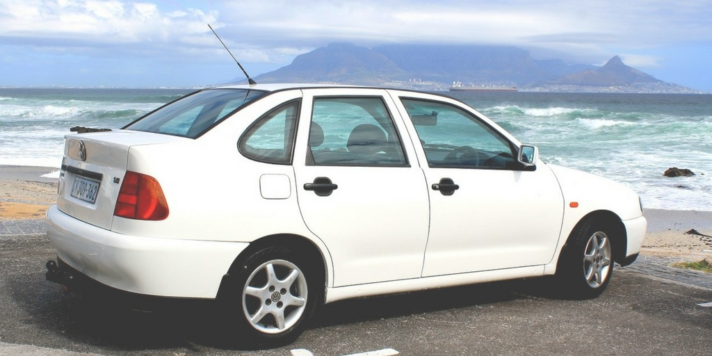 Hire Car in Cape Town with Table Mountain | How to get around Cape Town Little City Trips