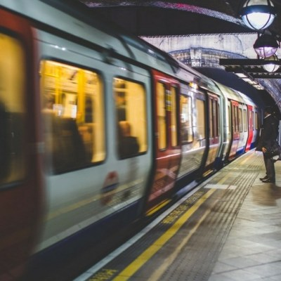How to get from London Airports to Central London