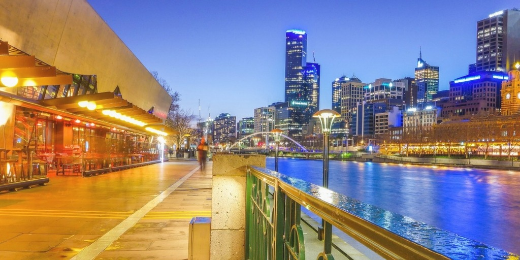 Melbourne's Southbank at Dusk   Things to do with Kids in Melbourne   Little City Trips - City Travel Experts