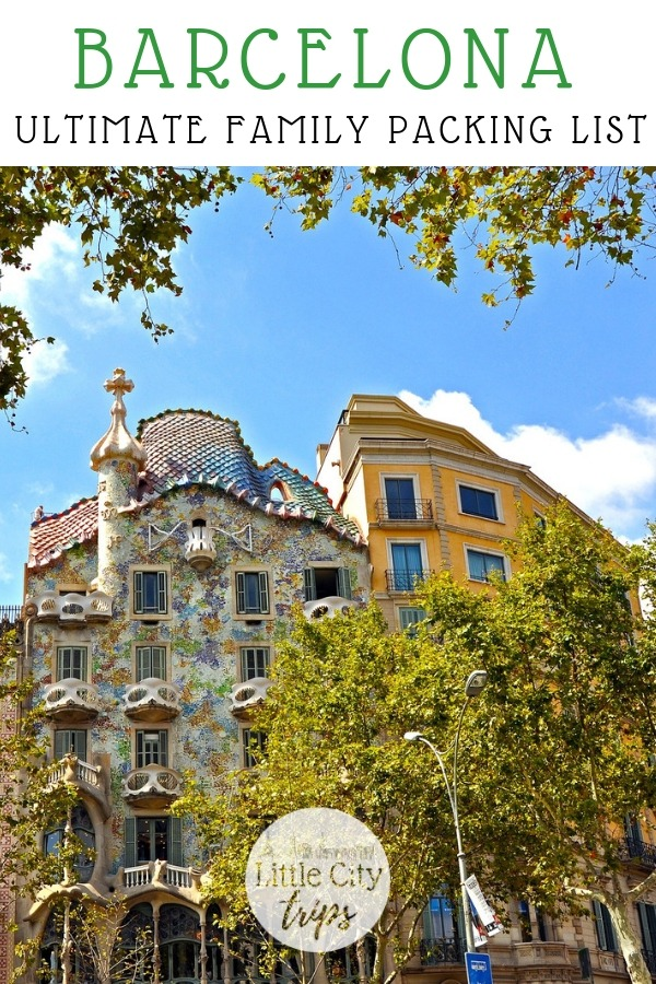 Travelling to Barcelona? City travel experts Little City Trips talk you through all the most important items you need to pack for Barcelona. Print off our Barcelona packing list for your next city trip.