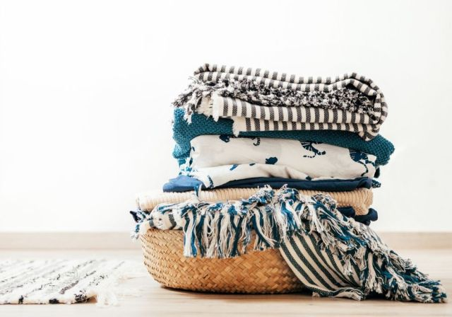 Using a laundromat can be a great way to catch up on all of your laundry.