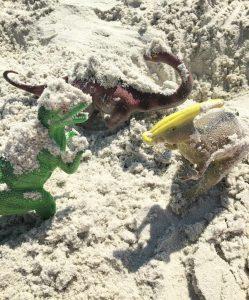 Dinasaurs-at-the-beach