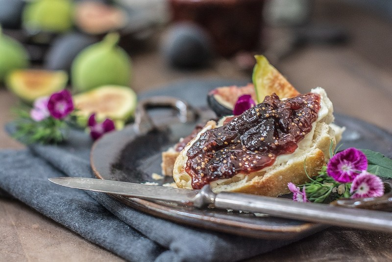 Toasted bread with Fig and Ginger Jam