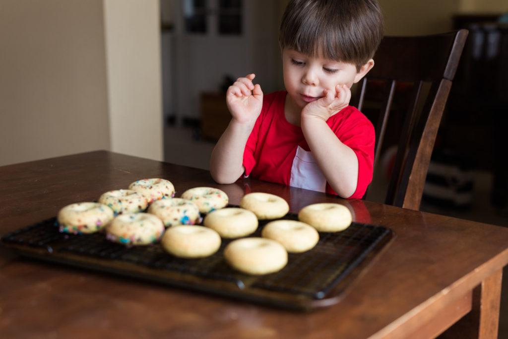 glazed-mini-donuts-recipe-15