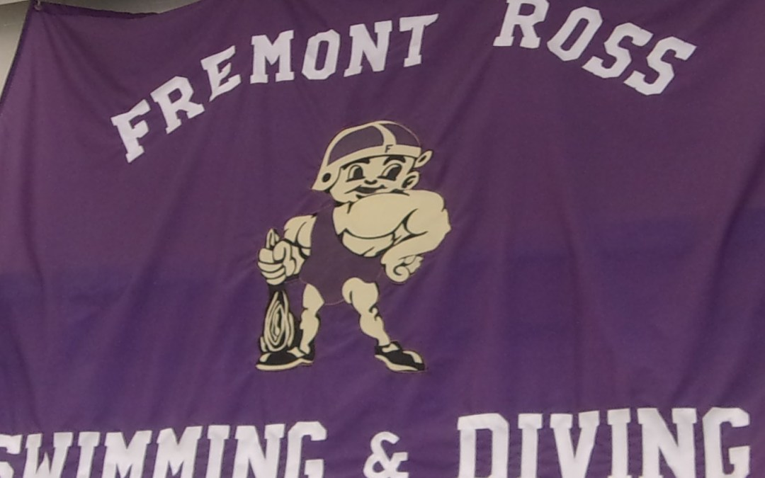 Swimmers close dual season with wins over Perrysburg