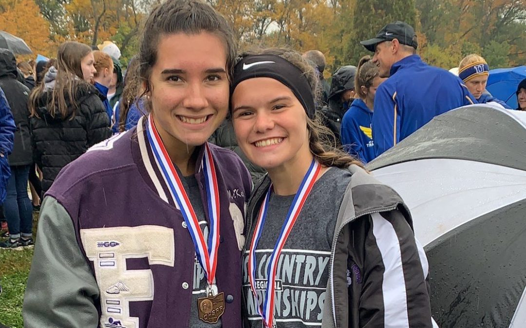 Senior McKela Elder, freshman Mackenzie Smith heading to state cross country meet
