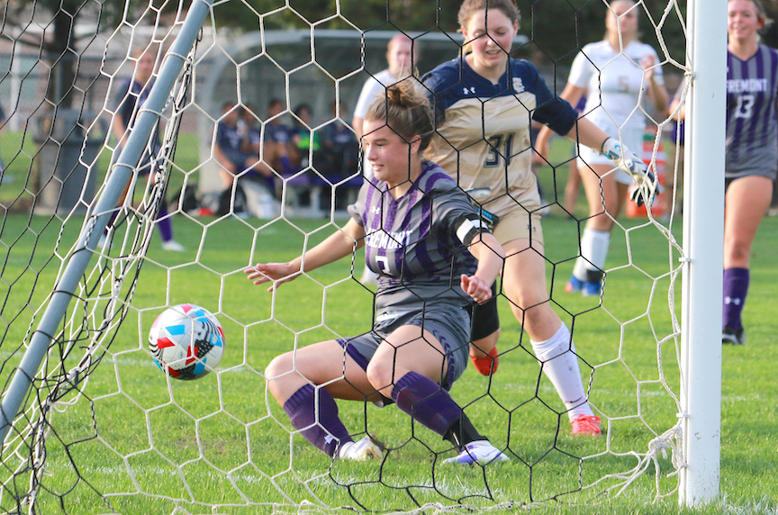 Lady Giants Outshoot Tiffin 6-2