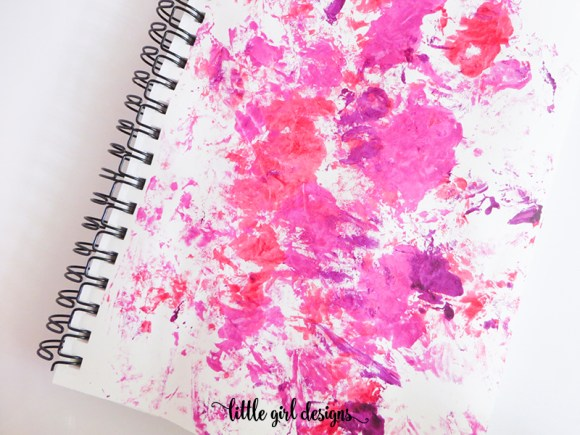 Start with a colorful background in your art journal and then fill up the page with what you're grateful for!