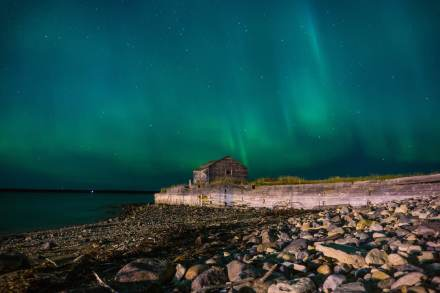 Aurora-Borealis-Northern-Lights-Churchill