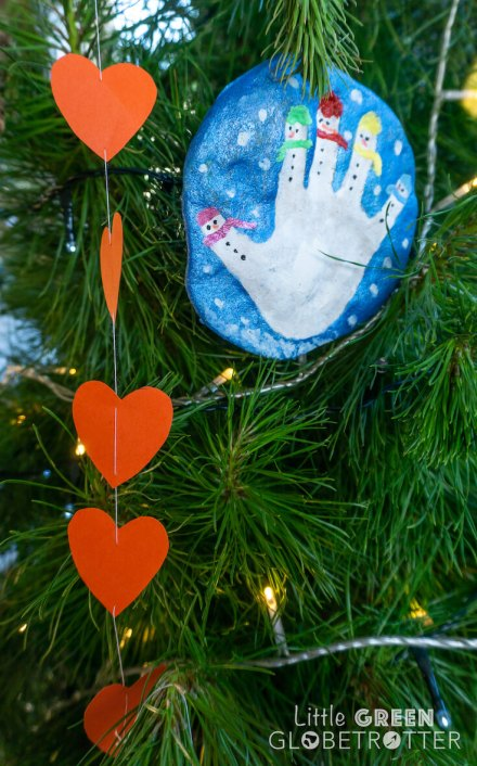 Handprint-decoration-and-paper-chains