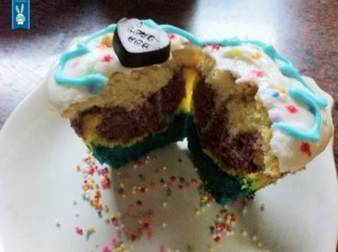 lhor-tie dye cupcakes (1)