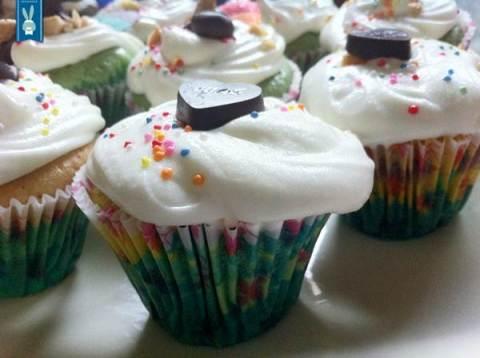 lhor-tie dye cupcakes (2)