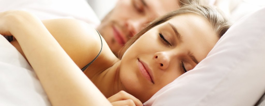 Couple Sleeping Comfortably on Luxurious 100% Organic Cotton Sheets and Pillowcases