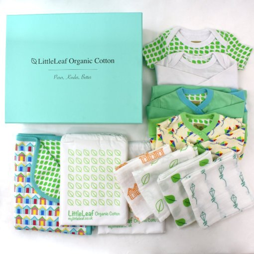 Large Luxury Gift Box with two bodysuits, two baby grows, four muslin squares, two cot bed sheets and a reversible baby blanket in beautiful 100% organic cotton by LittleLeaf