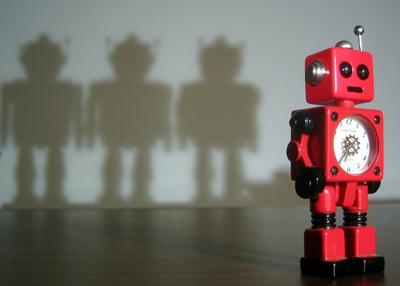 https://i2.wp.com/www.littlelostrobot.com/images/little_red_robot052206.jpg