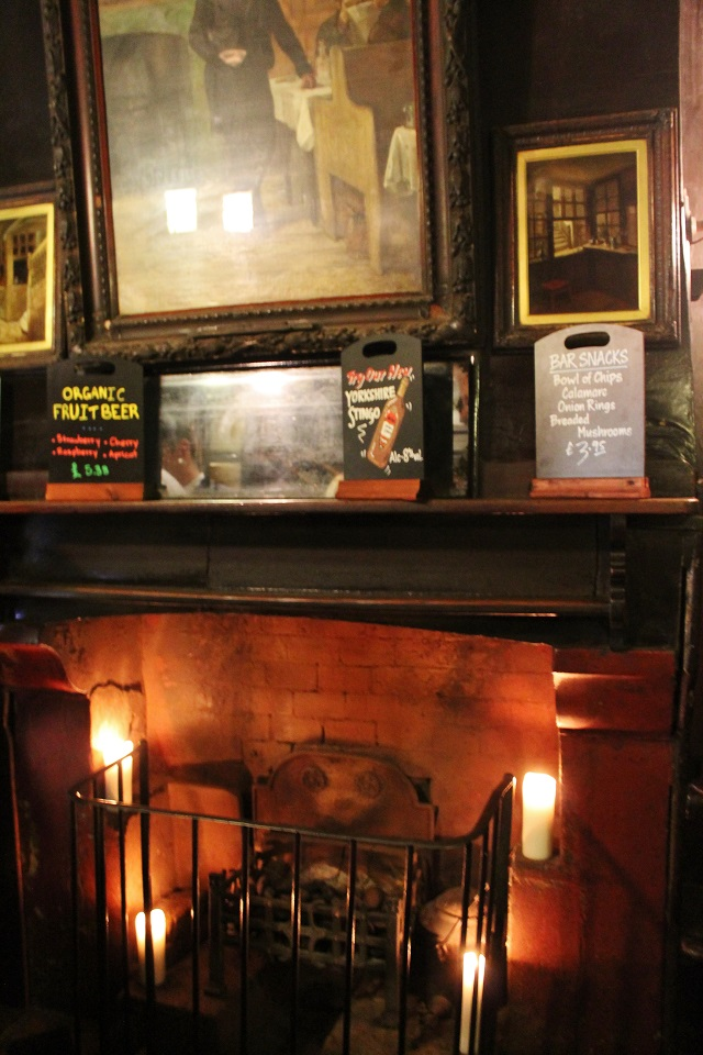 Ye Olde Cheshire Cheese London