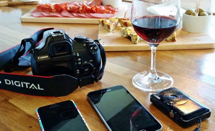 Three Mobile Tapas Jenius Social
