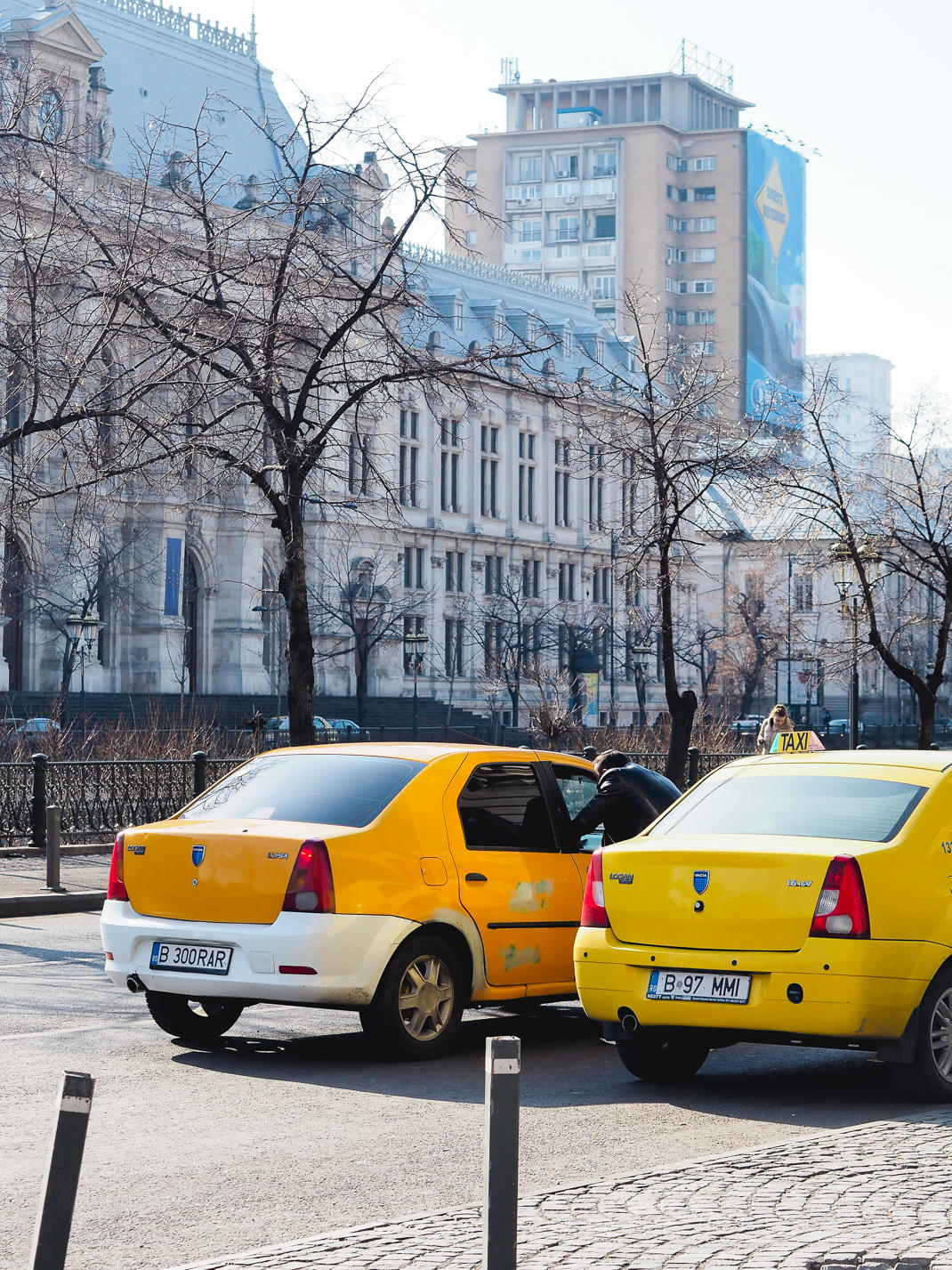 bucharest yellow taxis