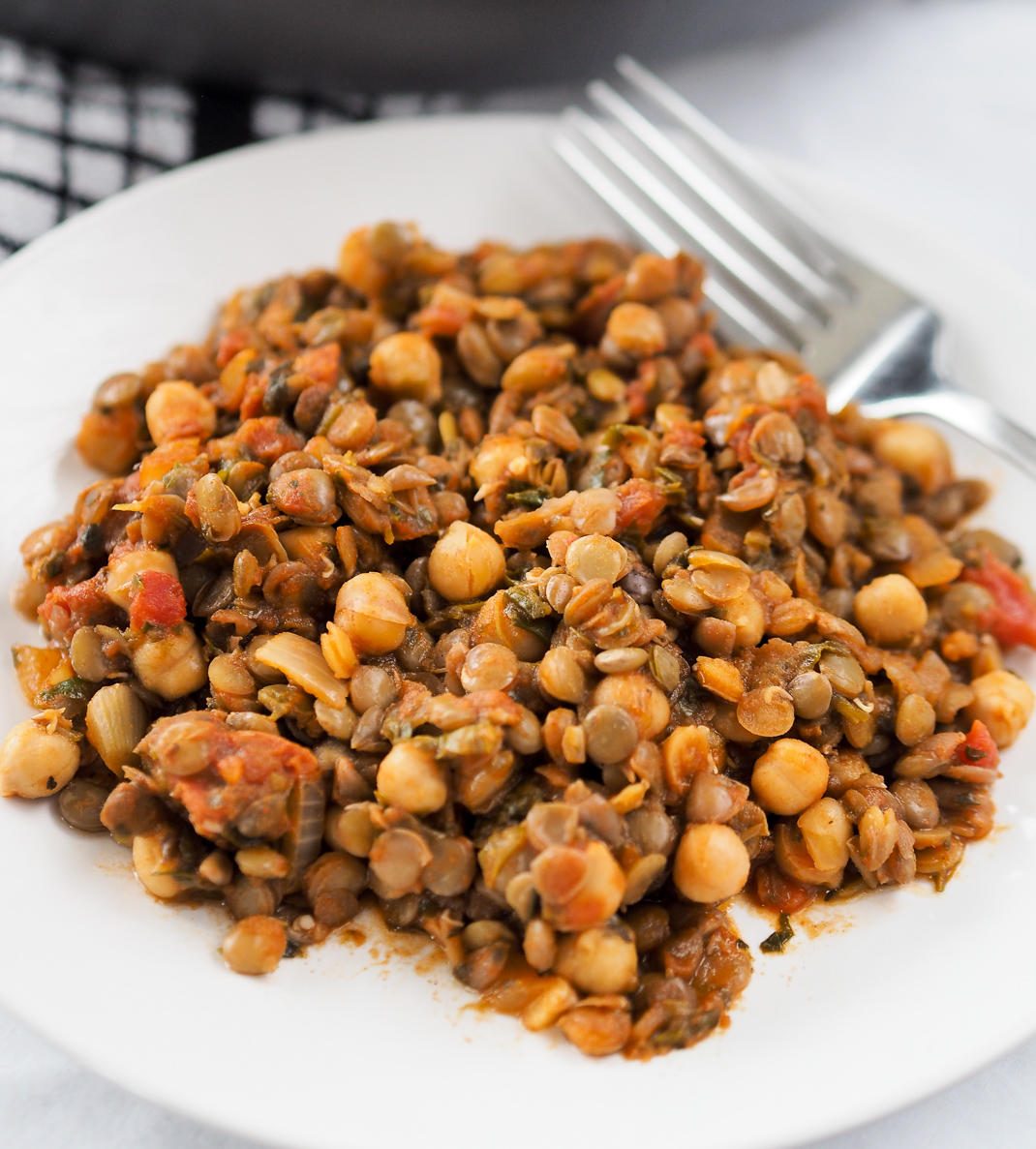 lentil chickpea and tomato stew