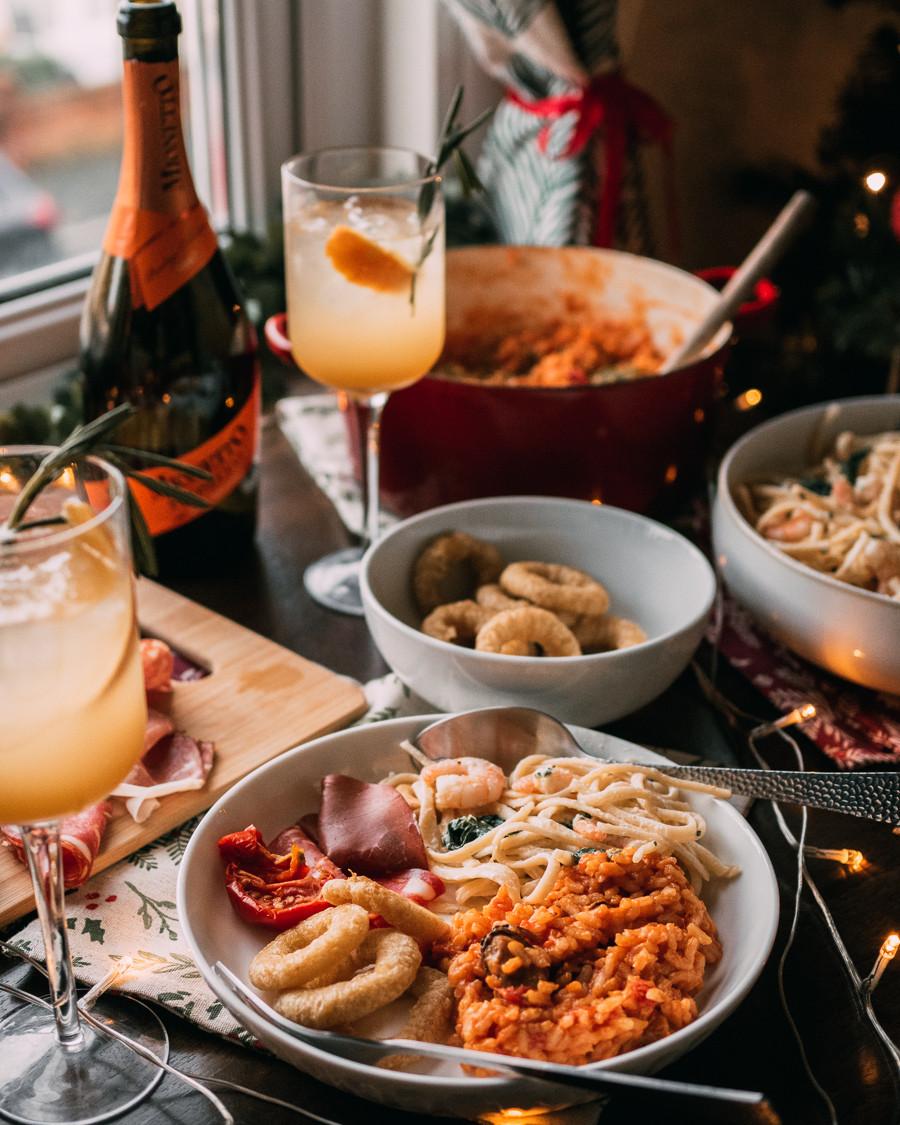 Italian cennone Christmas party