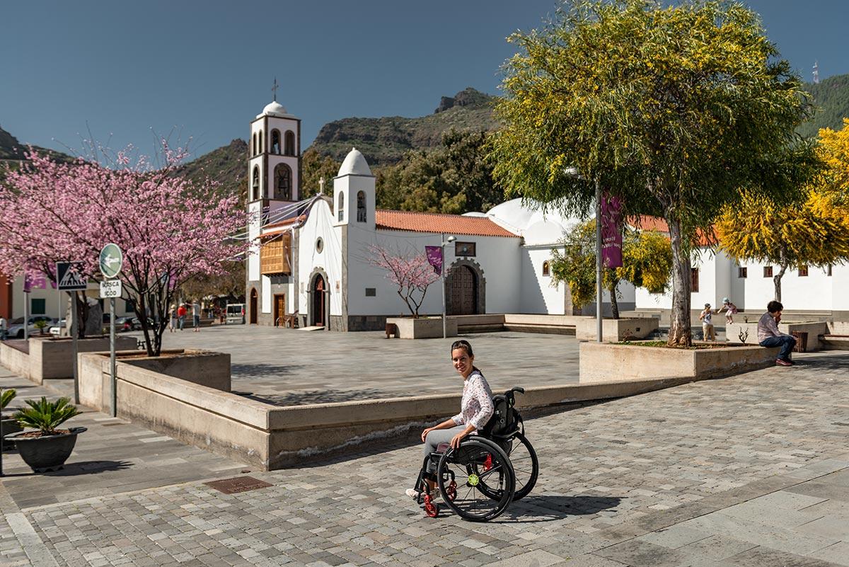 Wheelchair user in Santiago del Teide