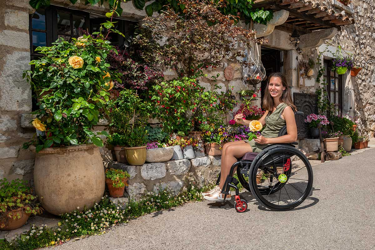 Little Miss Turtle at Place Sainte Catherine in Gourdon | Little Miss Turtle | Wheelchair Travel Blog