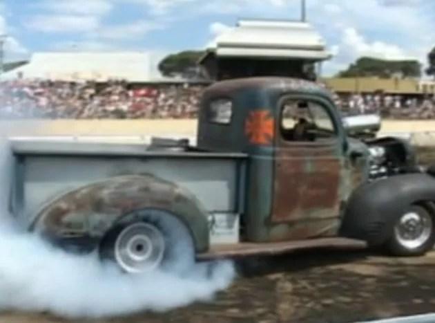Dodge Pickup Burnout