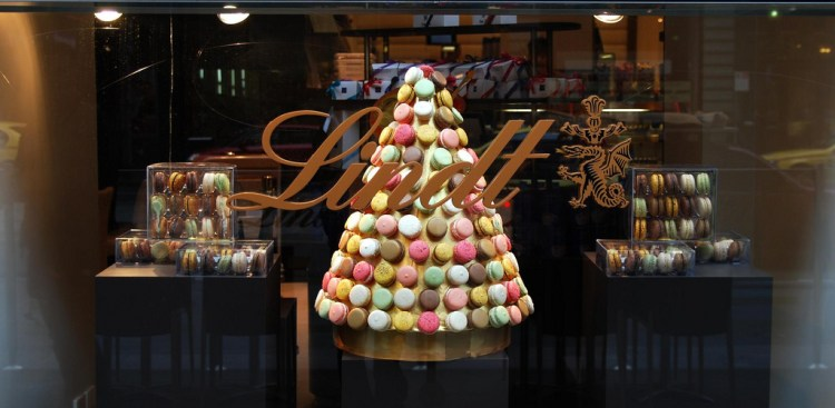 lindt chocolate cafe photo