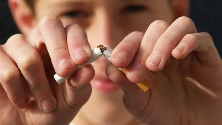 L'OMS lance une campagne pour arrêter de fumer et elle durera pendant toute l'année2021