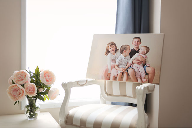 Gorgeous family portrait canvas