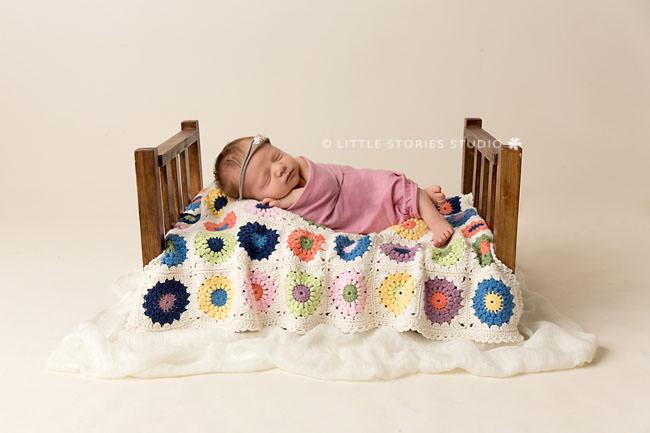 newborn photos sunburst blanket bwm cotton